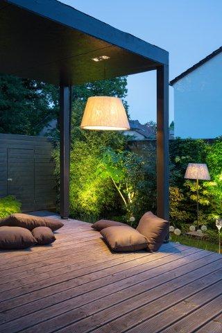 Exklusive Aussenbeleuchtung von Terrasse und Garten