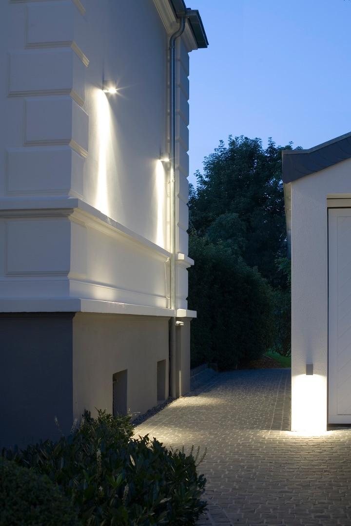 Aussenbeleuchtung Köln, Lichtplanung Einfahrt